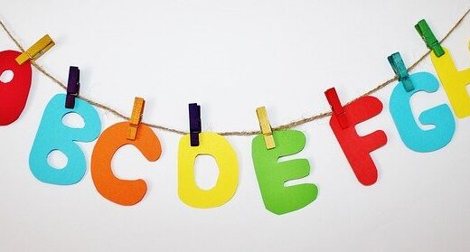 【C#】配列やリストの文字列を連結する方法【string.Join()】